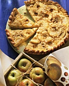 Apple tart with coconut
