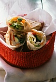 Wraps with vegetable filling