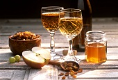 Home-made honey wine (mead) with ingredients