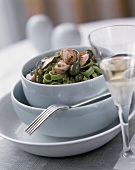 Green ribbon noodles with salmon, capers & mushrooms