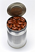 Kidney beans in an opened tin