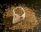Brown lentils in small bag