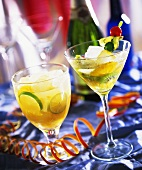 Kiwi fruit & orange drink and mandarin & lime drink