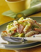 Pasta and vegetables with smoked pork rib (Kassler)