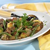 Green bean stew with potatoes and lamb