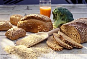 Wholemeal loaves, wholemeal rolls and rice