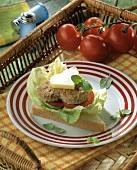 Sandwich with heart-shaped frikadella
