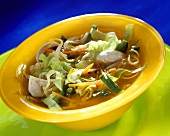 Vegetable soup (vegetable broth, vegetables, sprouts, noodles)