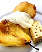 Caramelised pear with cream and biscuit