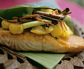 Salmon with spicy pineapple accompaniment (Seychelles)