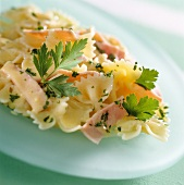 Farfalle with ham and cream sauce
