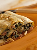 Cannelloni verdi (Cannelloni filled with spinach, Italy)
