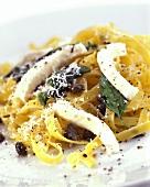 Tagliatelle all'amalfitana (Pasta with mozzarella & capers)