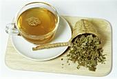 Blackberry leaf tea (Rubus fruticosus)