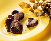 Chocolate almond hearts with cinnamon