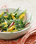 Rocket and pepper salad with nut oil