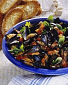 Mussels in tomato stock