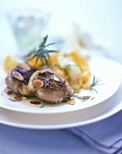Lamb joint with almonds and rosemary