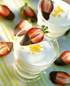 Lemon yoghurt with chocolate strawberries