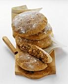Vintschgauer (S. Tyrolean flat breads)