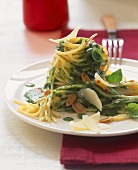 Spaghetti with almond pesto
