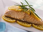 Salmon with lemon and tarragon