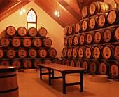 Wein lagert in Halle im Weingut Chapel Hill, McLaren Valley