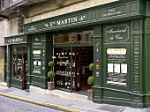 'Ets Martin', one of the many wine shops in St Émilion