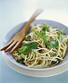 Spaghetti all'abruzzese (Pasta with rocket, capers and chili)