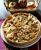 Baden apple cake (with raisins and almonds)