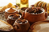 Barreado in terracotta pots (beef stew, Brazil)