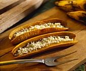 Platanos con queso (plantains with grated cheese, Venezuela)