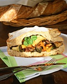 Barbecued vegetables in farmhouse bread