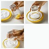 Zuckerrand an ein Glas anbringen