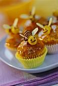 Banana bee muffins