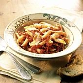 Penne al sugo di cipolle (Pasta with onion ragout, Italy)