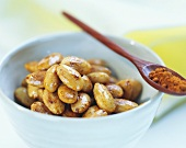 Toasted salted almonds with paprika