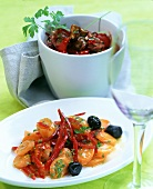 Pikante Möhren mit Paprika; Scharfer Auberginensalat