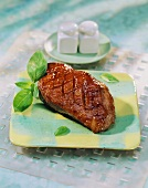 Barbecued marinated duck breast (Hot and Honey Duck, USA)