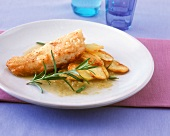 Fried pike-perch with rosemary sauce and potatoes