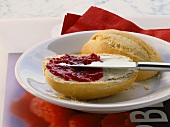 Roll with uncooked raspberry jam