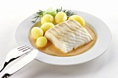 Steamed redfish in pepper and cream sauce
