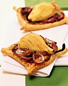 Pear and onion tartlet