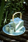 Square teapot with two bowls