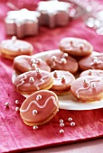 Brabanter (filled biscuits with pink glacé icing)