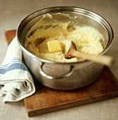 Improving mashed potato with butter