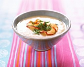 Apple and horseradish soup with chives