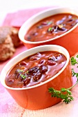 Tomato and kidney bean soup