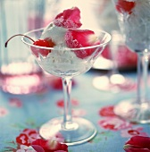 Quark and cream ice cream with rose petals