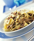 Pappardelle ai funghi (Ribbon pasta with mushrooms and ham)